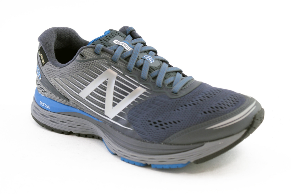 3e93c7fb67077 Running Shoes Vancouver - M880 GTX V8 - Shop - The Right Shoe
