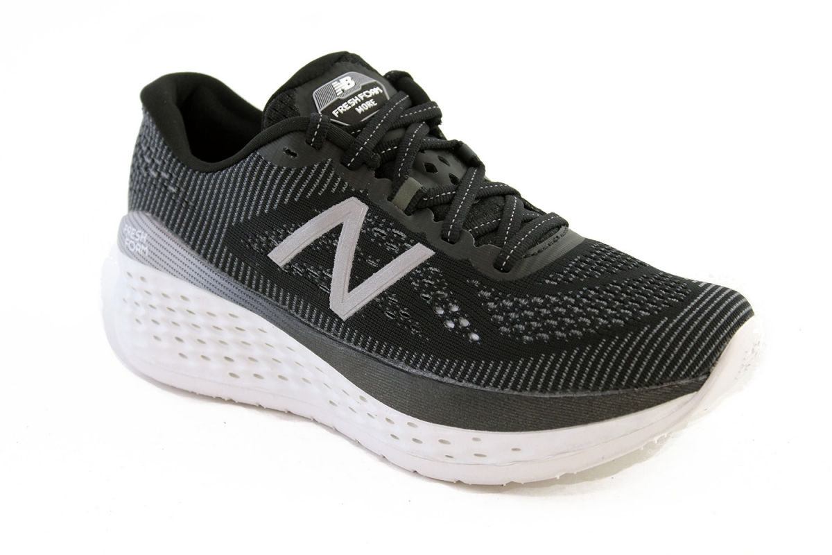 852dd858bd39a Running Shoes Vancouver - W Fresh Foam More - Shop - The Right Shoe